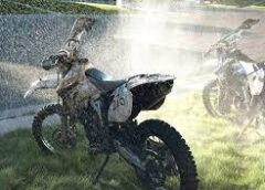 Cleaning The Dirt Bike Parts